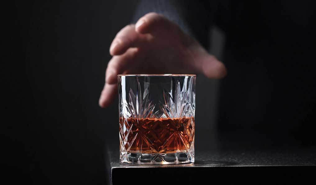 Alcohol-induced brain damage continues after cessation